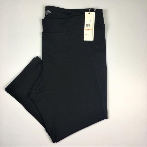 c82570a387e Calvin Klein Plus Size Capri Leggings 2X